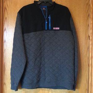 Vineyard Vines black quilted Sweatshirt